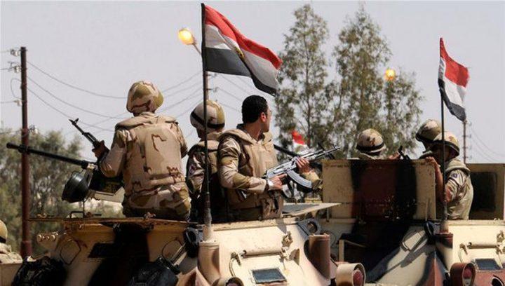 مقتل 3 جنود مصريين وجرح اثنان بهجوم على نقطة أمنية في العريش