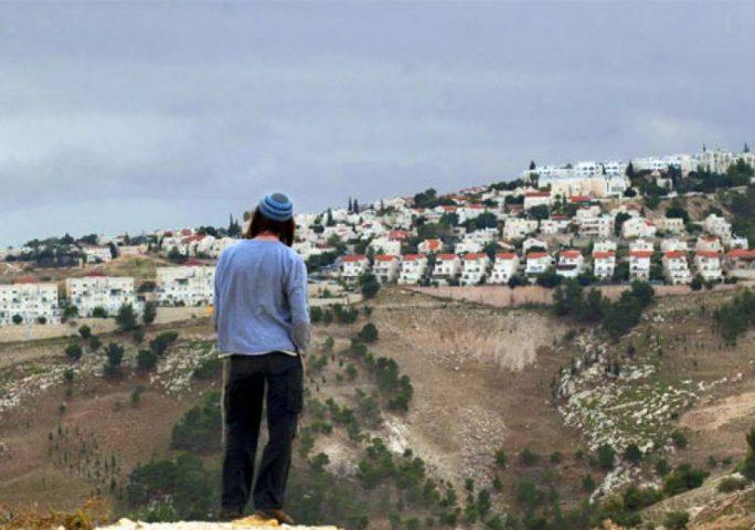 الاحتلال يسمح للمستوطنين شراء أراض بالضفة