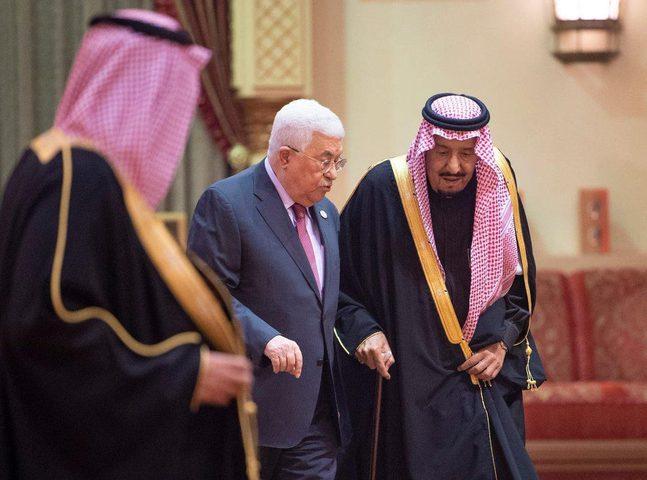 الرئيس عباس يستنكر الهجمات التي تعرضت لها السعودية