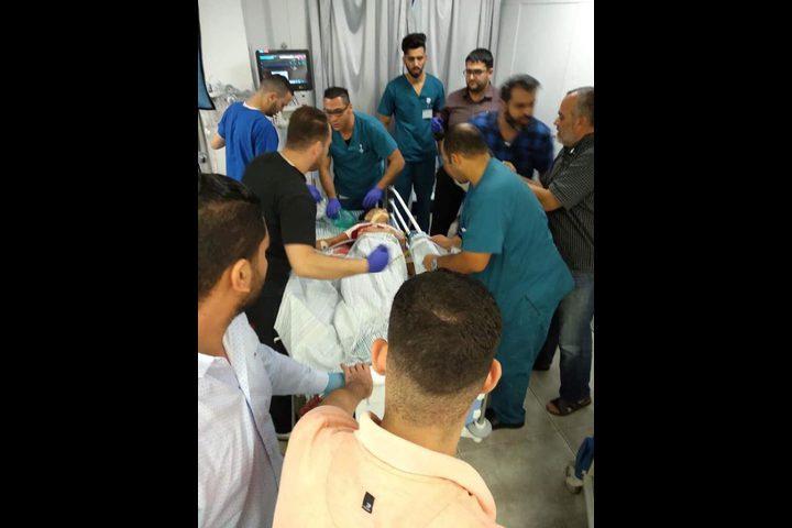 إصابة خطيرة لفتى برصاص الاحتلال غرب رام الله
