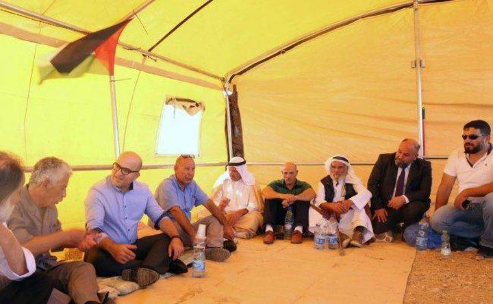 دعوات لإقامة صلاة الجمعة في خيمة الاعتصام ببادية القدس
