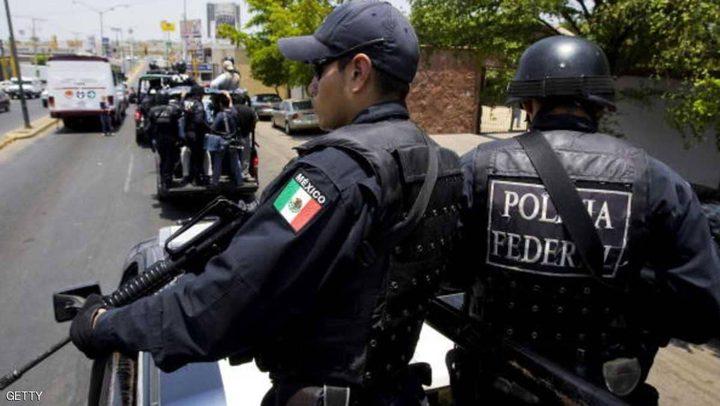 """مقتل 6 رجال شرطة في """"ولاية العصابات"""""""