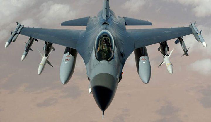 تحطم طائرة إف-16 في بلدة بلوفينر في بريتاني الفرنسية