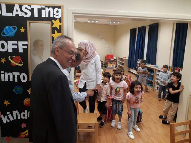 رئيس جامعة النجاح يتفقد المعهد الفلسطيني للطفولة