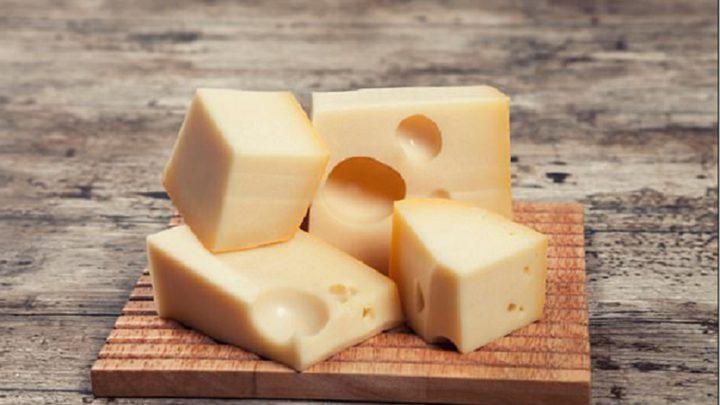 دراسة جديدة تكشف فائدة غير متوقعة للجبنة!