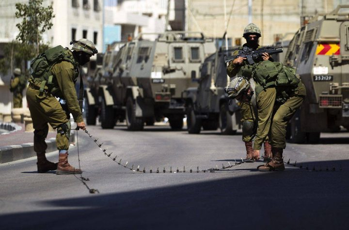 الاحتلال يغلق مداخل بلدة عزون
