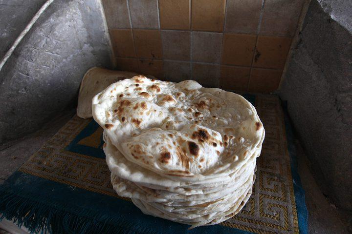 خبز الصاج رغم قدمه في التراث الفلسطيني، إلا أن الفلسطينيين ما زالوا يفضلونه