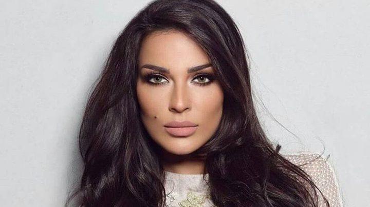 نادين نجيم تتخطى أزمة طلاقها بذكاء