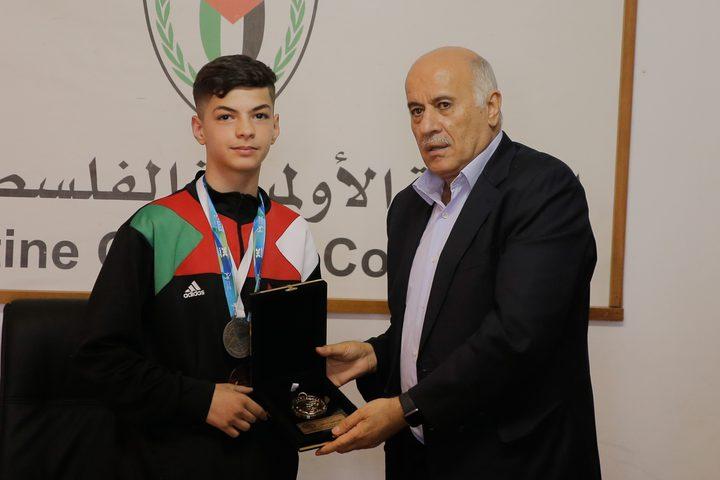 """لاعب فلسطيني يتوج بذهبية التايكواندو""""G1"""""""