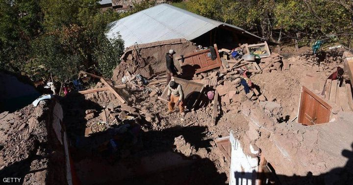 """مقتل وجرح العشرات بزلزال """"قوي"""" شمالي باكستان"""
