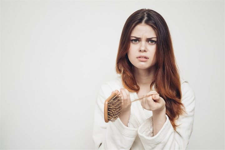 ما هي الأطعمة التي تمنع تساقط الشعر ؟