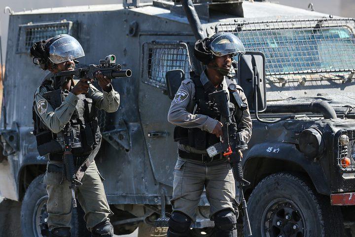 مواجهات بين الشبان وقوات الاحتلال على مدخل البيرة الشمالي.