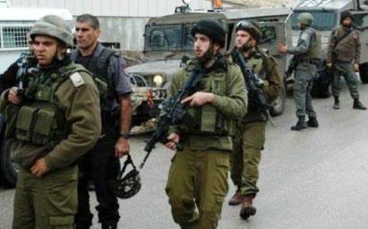 الاحتلال يعتقل طفلين من مخيم العروب شمال الخليل