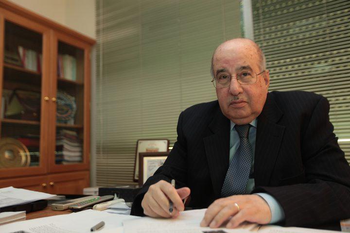 الزعنون يطلع مسؤول سوري على تطورات القضية الفلسطينية
