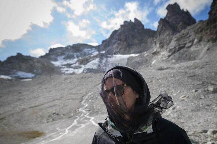 سويسرا.. إقامة جنازة مهيبة لنهر جليدي انحسر بسبب التغير المناخي