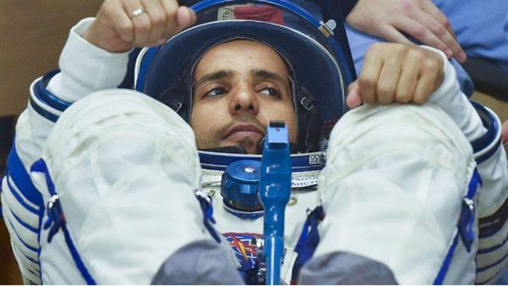 لحظة وصول أول رائد فضاء  إماراتي المحطة الدولية