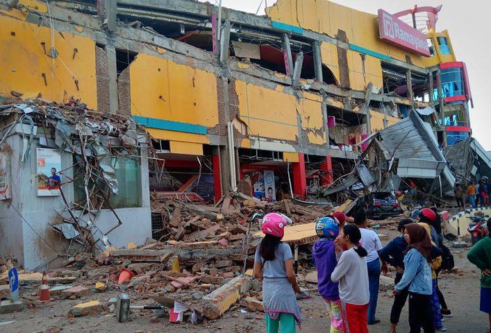 زلزال يضرب شرق اندونيسيا