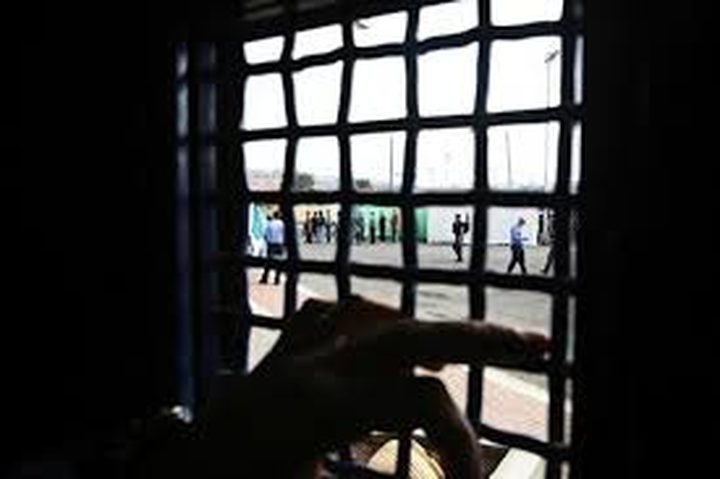 الأسيرة اللبدي تواصل إضرابها المفتوح عن الطعام