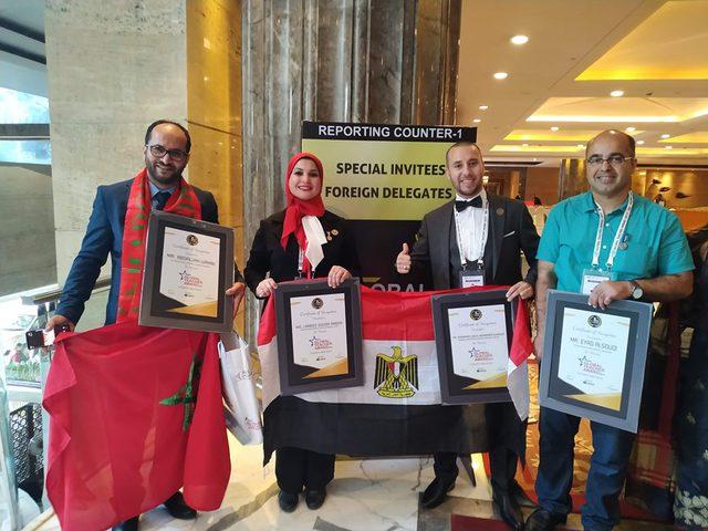 الفلسطيني احمد السوقي ضمن قائمة أفضل 100 معلم في العالم