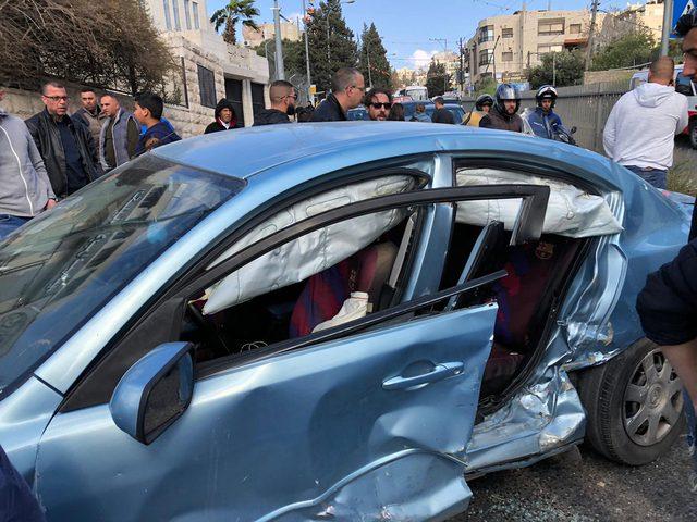اصابة 10 مواطنين بحادث سيرشرق القدس