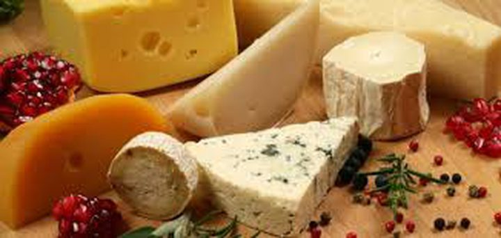 ما هي أبرز فوائد تناول الجبن بشكل يومي ؟