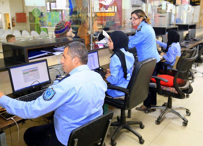 الشرطة : توقيف 122 مطلوبا على معبر الكرامة