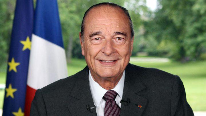 """شاهد فرنسا تطفئ أضواء برج إيفل حدادا على رئيسها السابق""""جاك شيراك"""""""