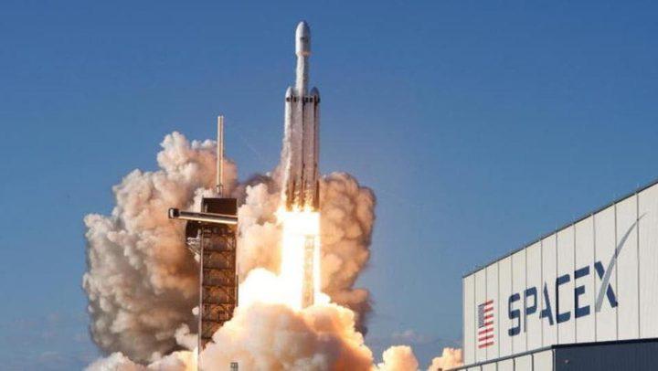 مركبة فضائية للسفر والعودة إلى كوكب المريخ
