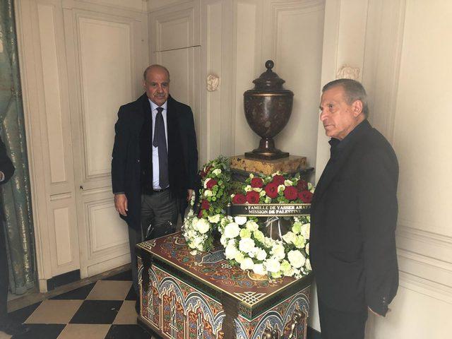أبو ردينة يشارك في مراسم توديع شيراك ممثلاً عن الرئيس عباس
