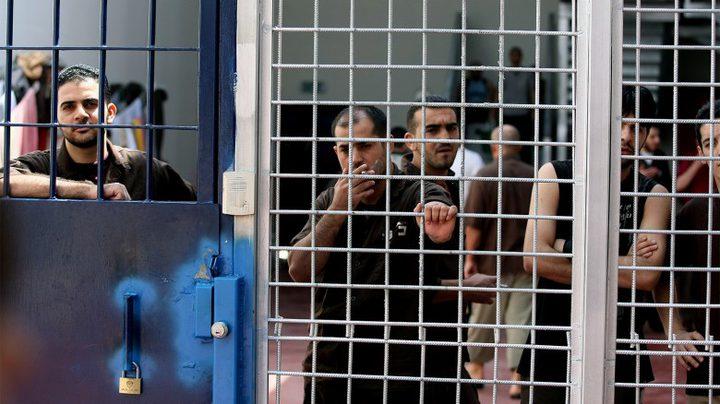 7 أسرى يواصلون إضرابهم منذ 79 يوماً