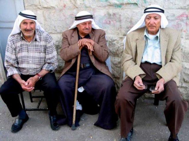 الاحصاء: 5% من السكان في فلسطين مسنون