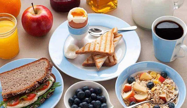 نصيحة اليوم: الفاكهة لا تستطيع أن تكون بديل عن وجبة الفطور