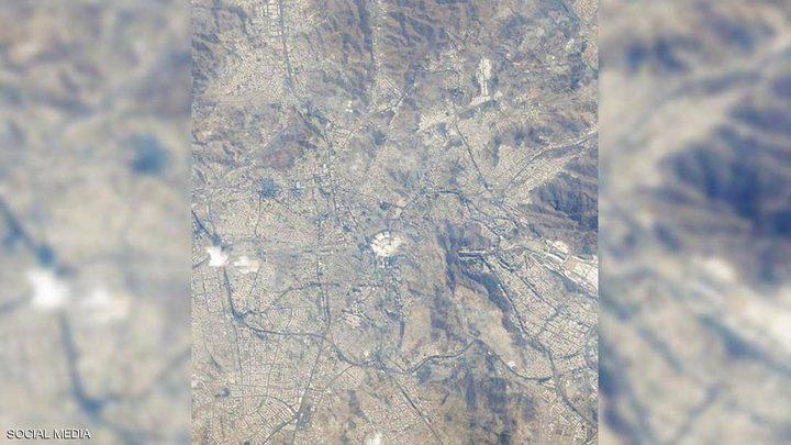 شاهد مكة المكرمة بعيون رائد الفضاء الإماراتي هزاع المنصوري