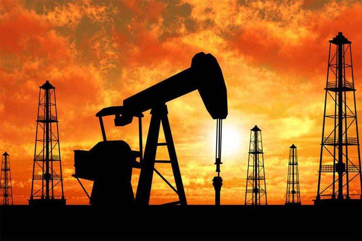 تقرير: تباطؤ نمو الاقتصاد العالمي يكبد النفط أكبر خسارة أسبوعية