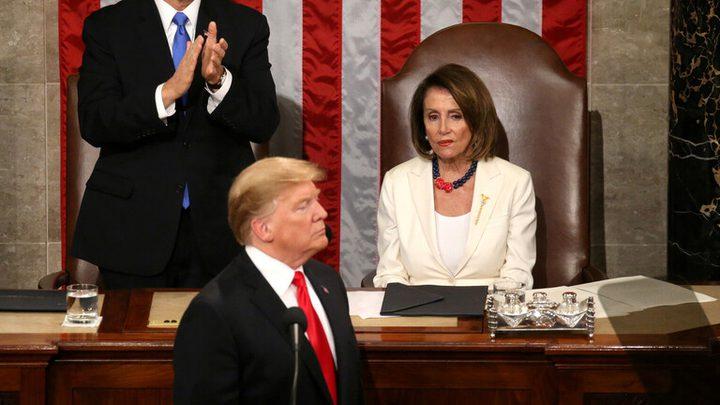 ترامب يتهم رئيسة مجلس النواب الديمقراطية بالخيانة