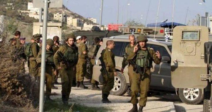 قوات الاحتلال تغلق مداخل بيت عينون شمال شرق الخليل