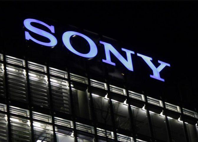 شركة سوني تفرض عقوبة جديدة على شبكة فيسبوك
