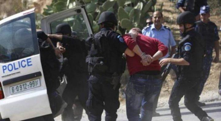 القبض على مطلوبين للعدالة وإتلاف مركبات بالعيزرية وأبو ديس