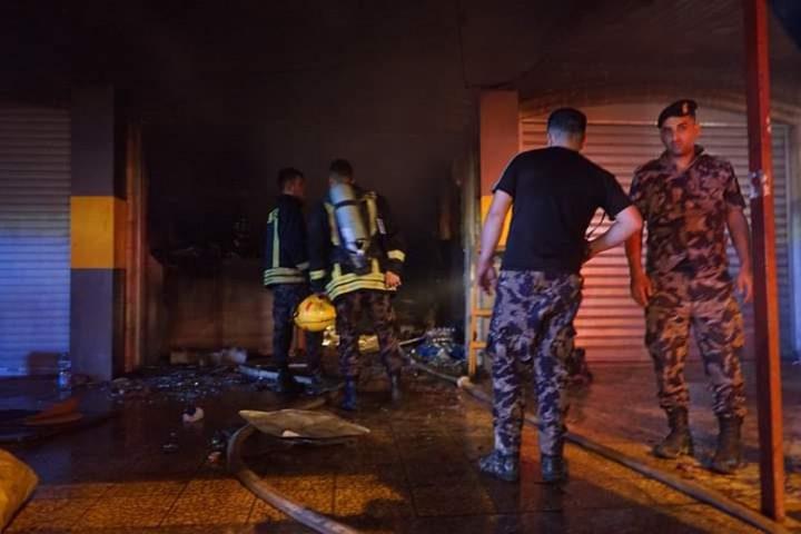 إصابات بالإختناق نتيجة حريق داخل مخبز في قلنديا