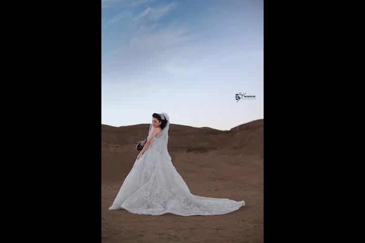 مريم أيوب تتألق بفستان أبيض جذب انظار الجميع