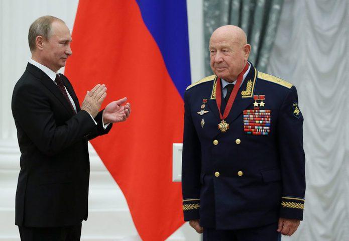 روسيا.. وفاةرائد الفضاءالأسطوري ليونوف عن عمر يناهز 85 عاما