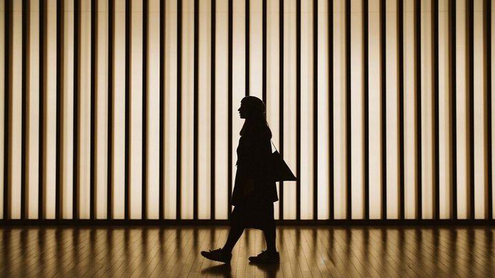 المشي البطيء يؤشر لأمراض قاتلة