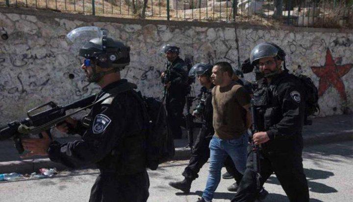 قوات الاحتلال تعتقل شابين من العيسوية
