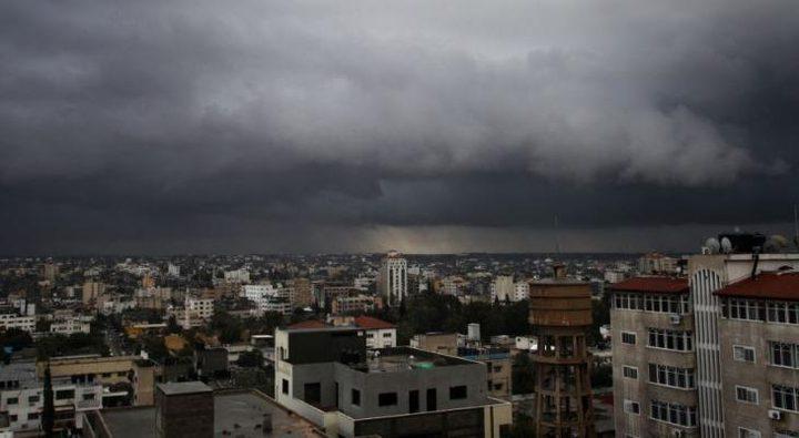 أجواء غير مستقرة ترافقها عواصف وأمطار