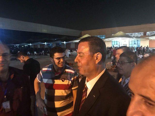 السفير اللوح يعود المرضى في مستشفى فلسطين بالقاهرة