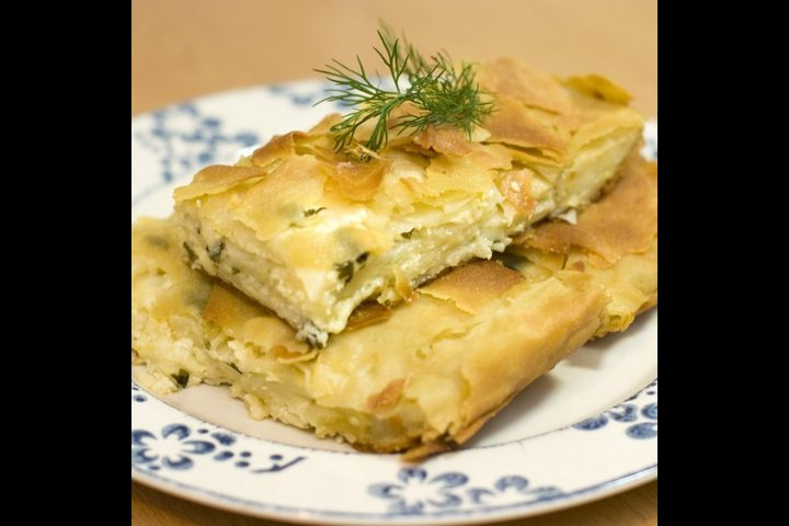 فطيرة الجبن اليونانية