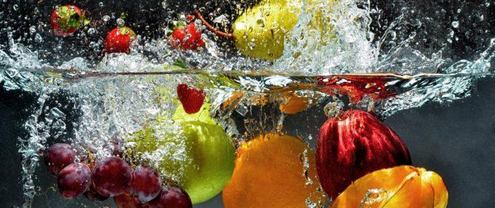 ما هي أهم الأطعمة الغنية بالمياه وترطب الجسم ؟