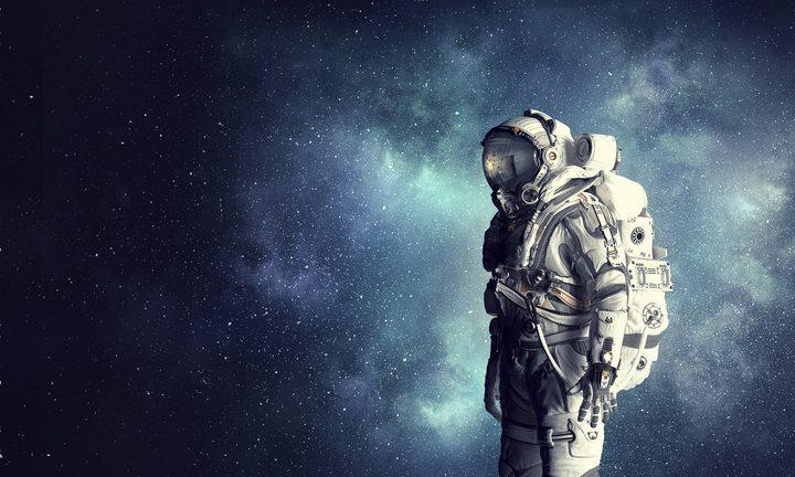 ناسا تكشف عن بدلات فضائية جديدة