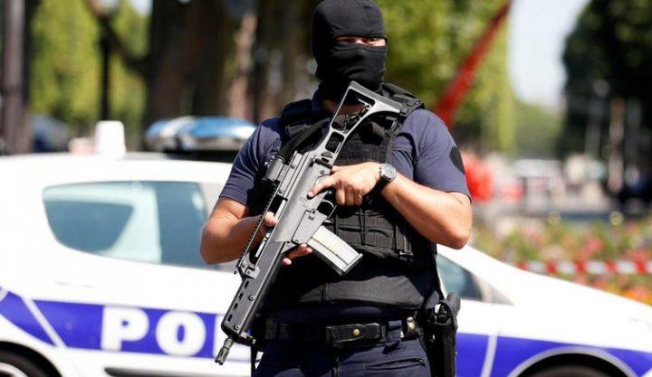"""مقاضاة متطرفين في فرنسا جمعوا أموالاً لـ""""داعشيات"""" بسوريا"""