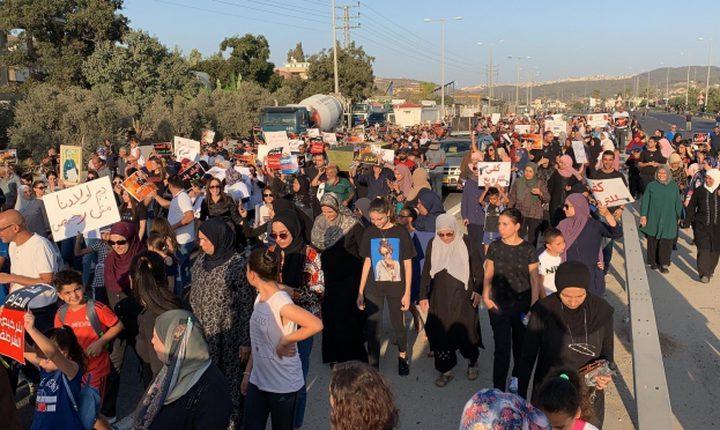المتابعة تقرر تقديم شكوى حول تخاذل الاحتلال بمواجهة الجريمة
